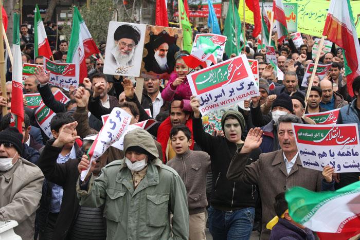 راهپیمایی ۲۲بهمن در پارس آباد از دریچه دوربین