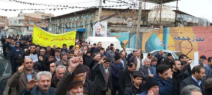 مردم پارس آباد مغان در حمایت از سپاه پاسداران راهپیمایی کردند+تصاویر